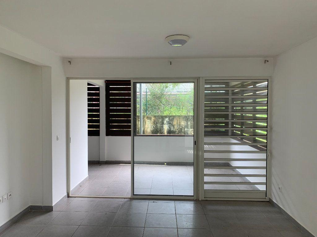 Appartement à vendre 2 59.4m2 à Cayenne vignette-2
