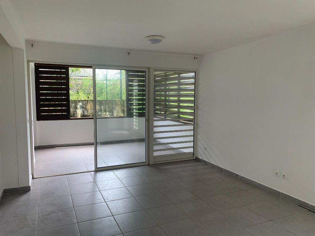 Appartement à vendre 2 59.4m2 à Cayenne vignette-5