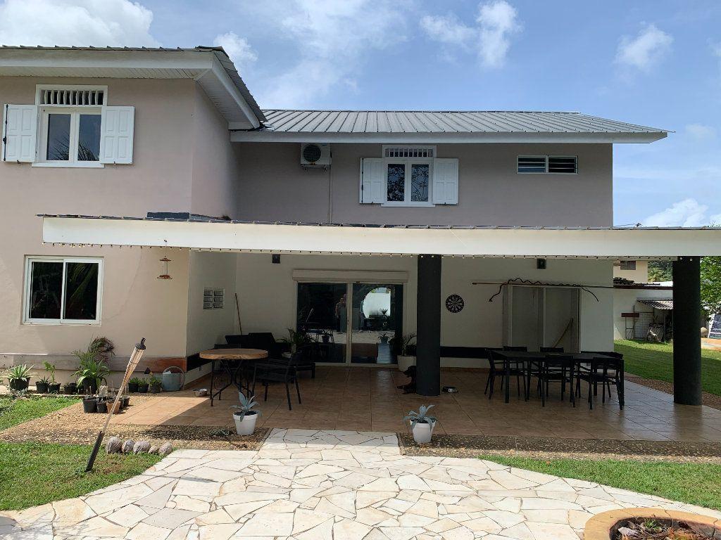 Maison à vendre 7 300m2 à Remire-Montjoly vignette-1