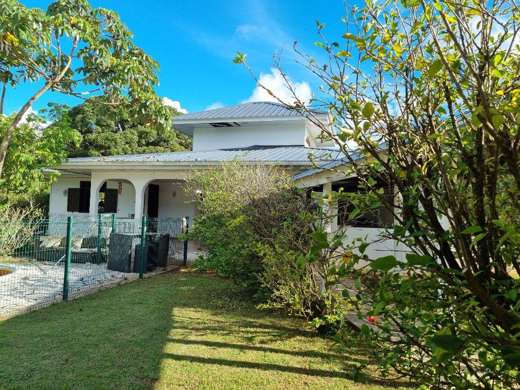 Maison à vendre 6 200m2 à Remire-Montjoly vignette-1