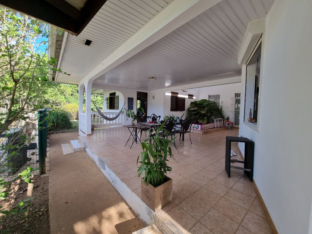 Maison à vendre 6 200m2 à Remire-Montjoly vignette-4