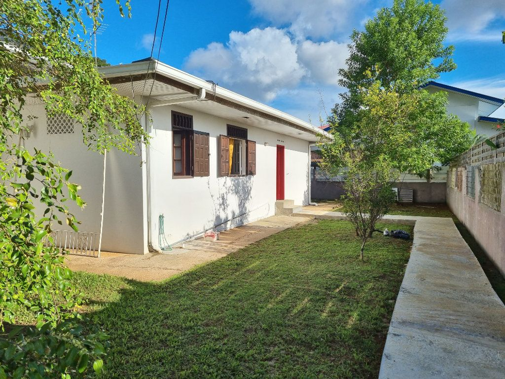 Maison à vendre 6 200m2 à Remire-Montjoly vignette-10