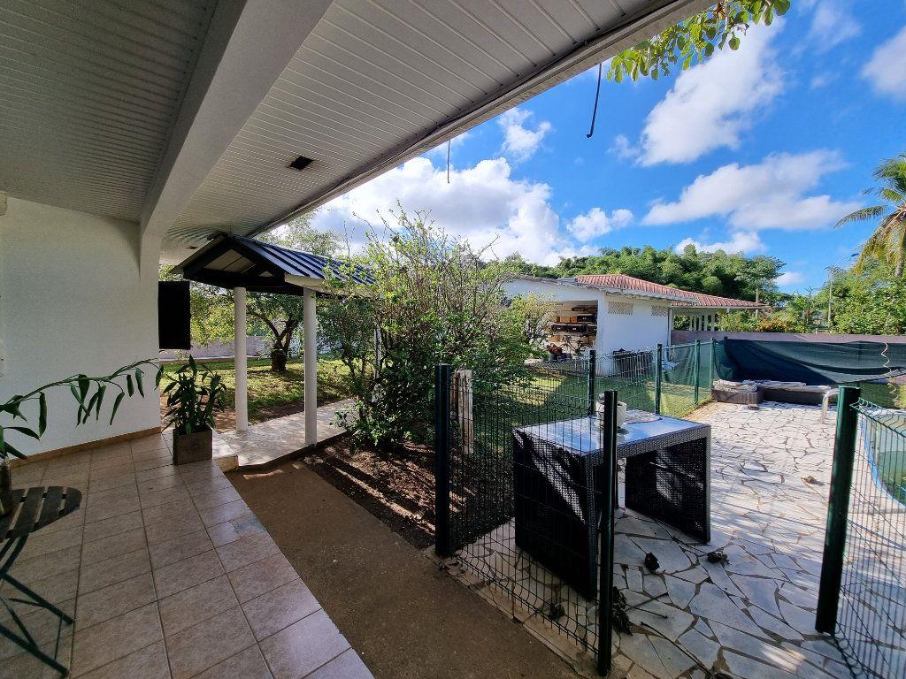 Maison à vendre 6 200m2 à Remire-Montjoly vignette-13