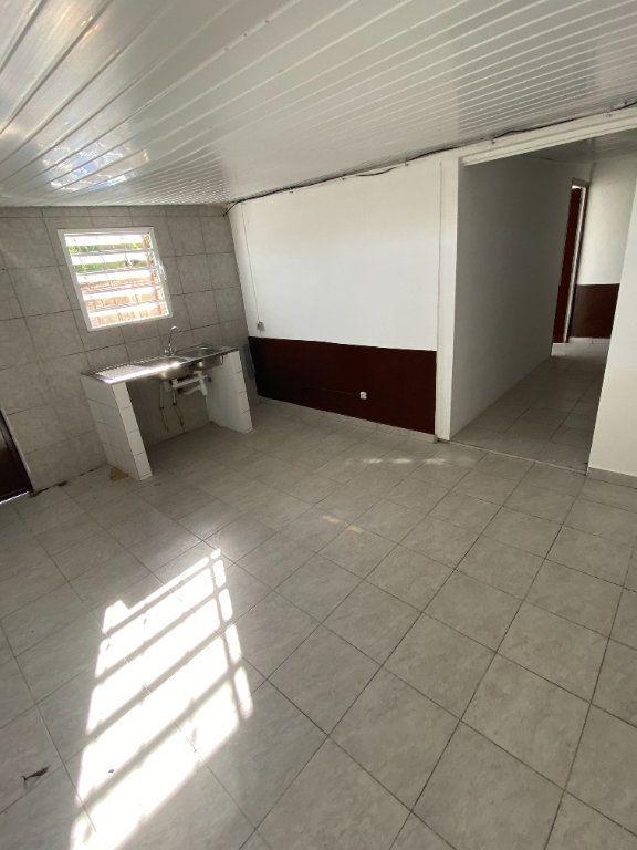 Appartement à louer 3 55.5m2 à Cayenne vignette-1