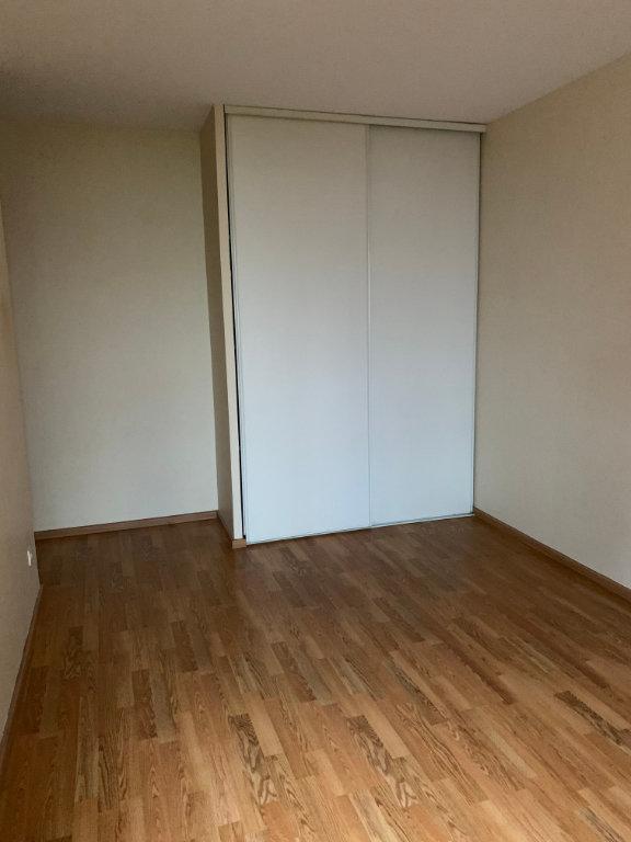 Appartement à louer 4 76.62m2 à Margny-lès-Compiègne vignette-8
