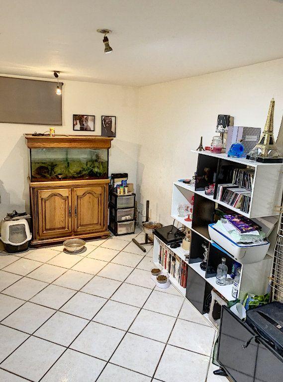 Appartement à vendre 1 31.4m2 à Compiègne vignette-6