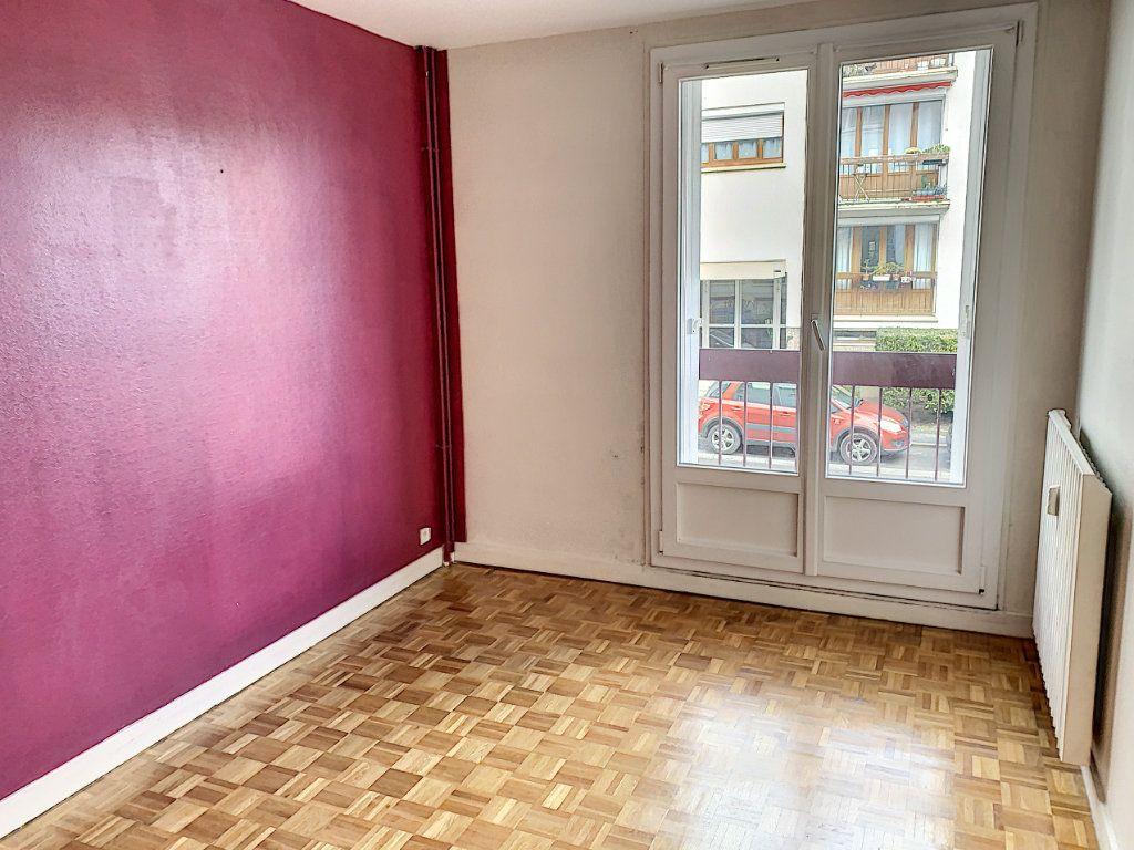 Appartement à vendre 3 61.5m2 à Margny-lès-Compiègne vignette-3