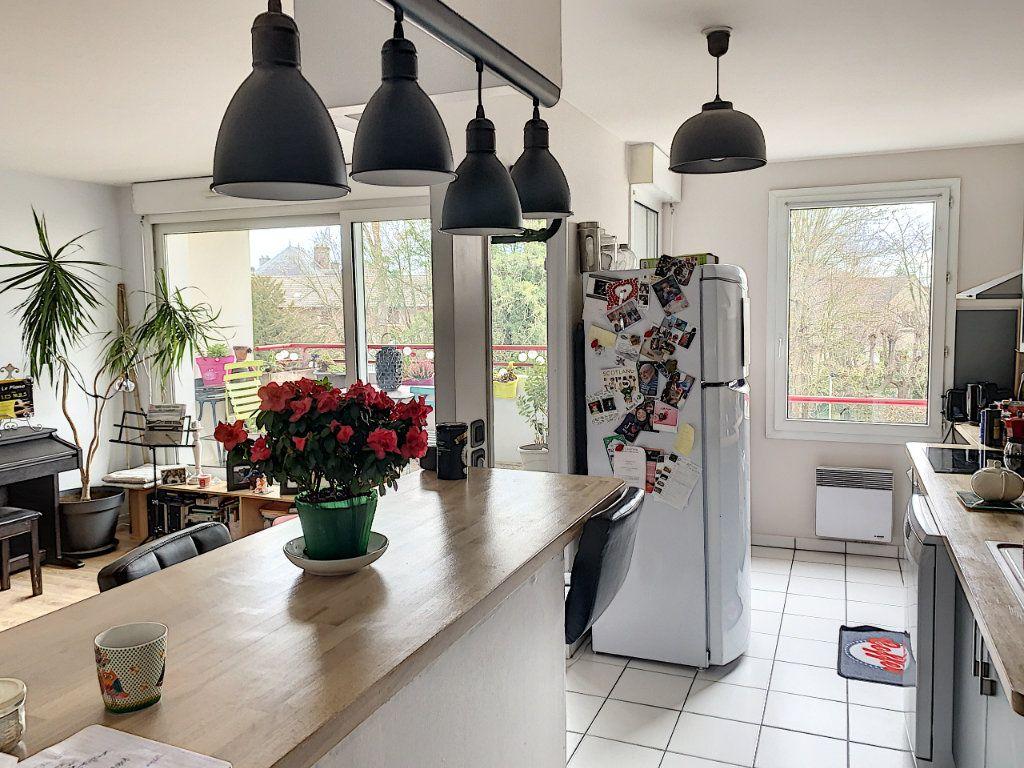 Appartement à vendre 3 66.41m2 à Margny-lès-Compiègne vignette-2