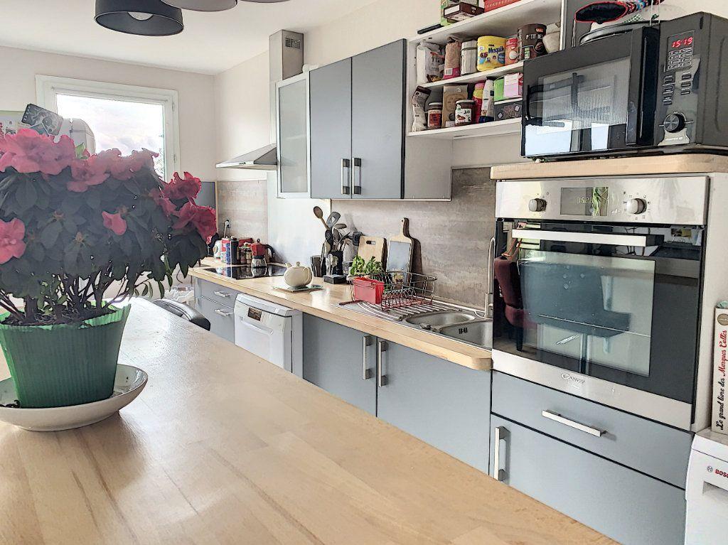 Appartement à vendre 3 66.41m2 à Margny-lès-Compiègne vignette-3
