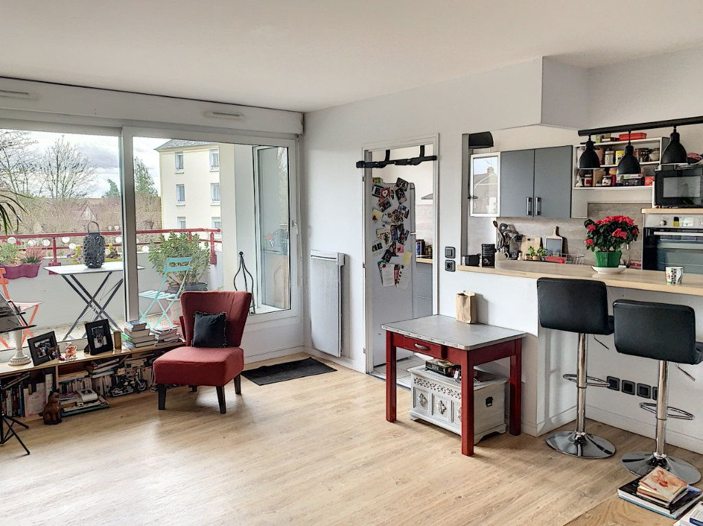 Appartement à vendre 3 66.41m2 à Margny-lès-Compiègne vignette-4