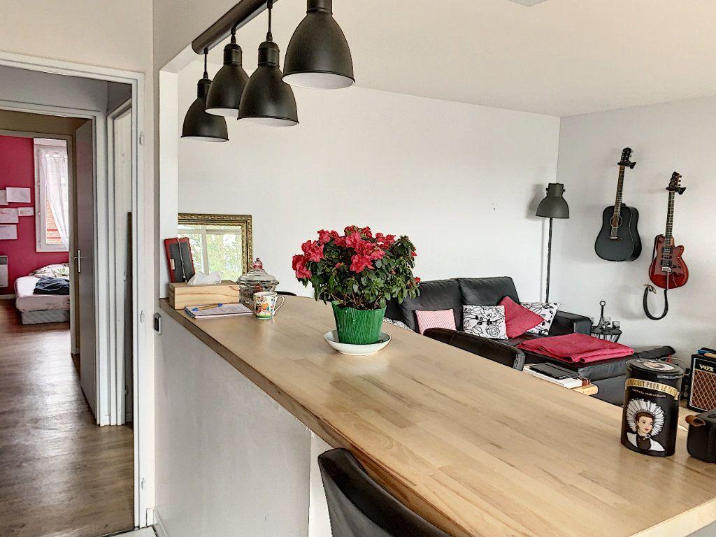 Appartement à vendre 3 66.41m2 à Margny-lès-Compiègne vignette-6