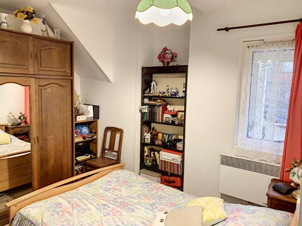 Maison à vendre 5 98.29m2 à Margny-lès-Compiègne vignette-1