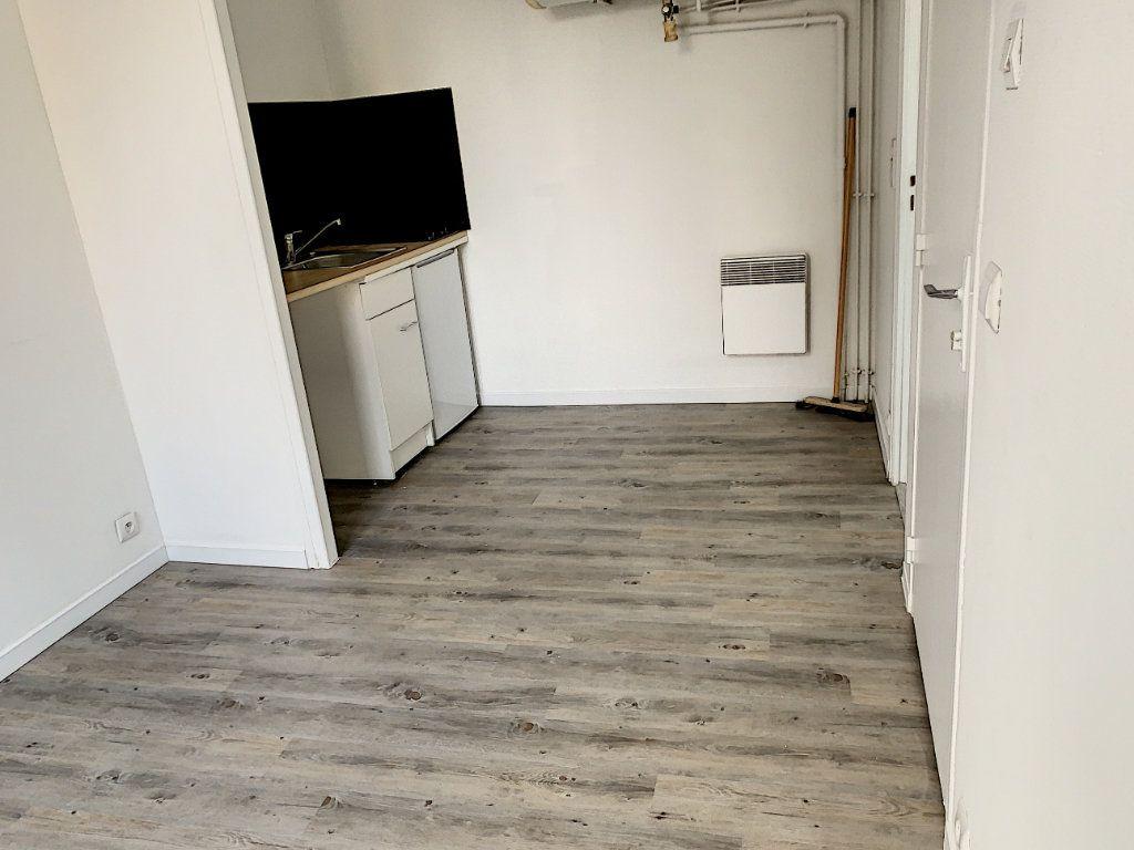Appartement à vendre 1 15.05m2 à Margny-lès-Compiègne vignette-1