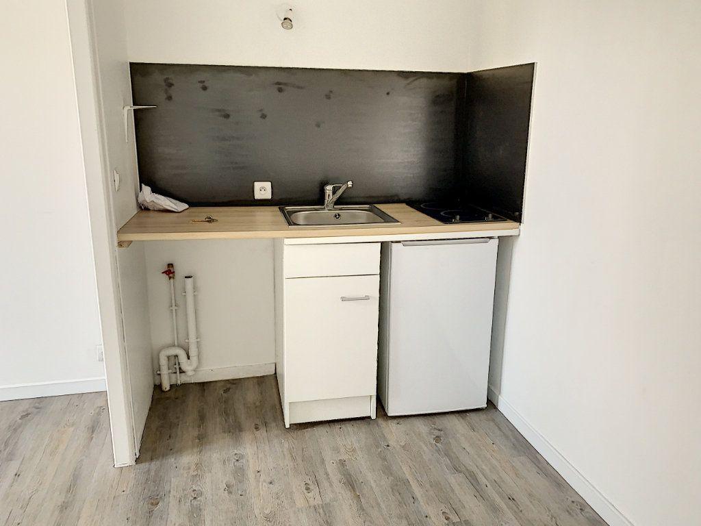 Appartement à vendre 1 15.05m2 à Margny-lès-Compiègne vignette-2