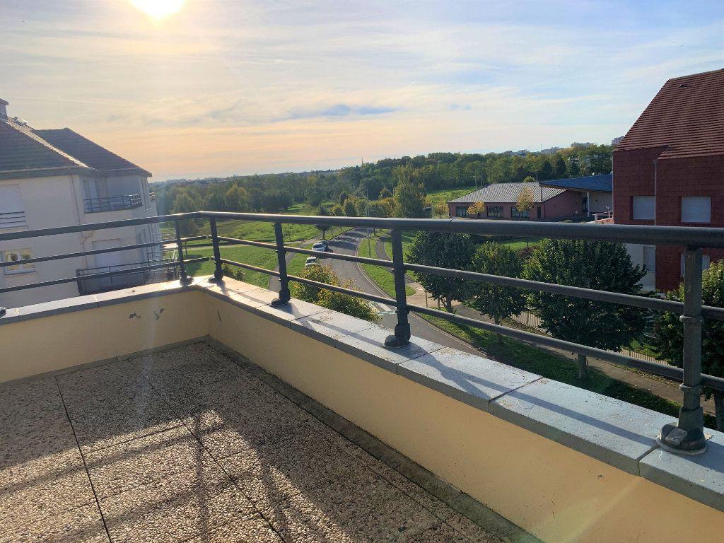 Appartement à louer 3 69m2 à Margny-lès-Compiègne vignette-2