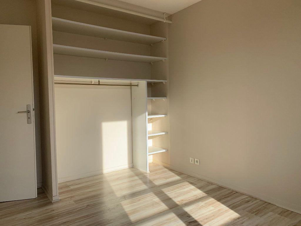 Appartement à louer 3 69m2 à Margny-lès-Compiègne vignette-4