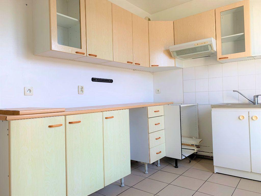 Appartement à louer 3 69m2 à Margny-lès-Compiègne vignette-6