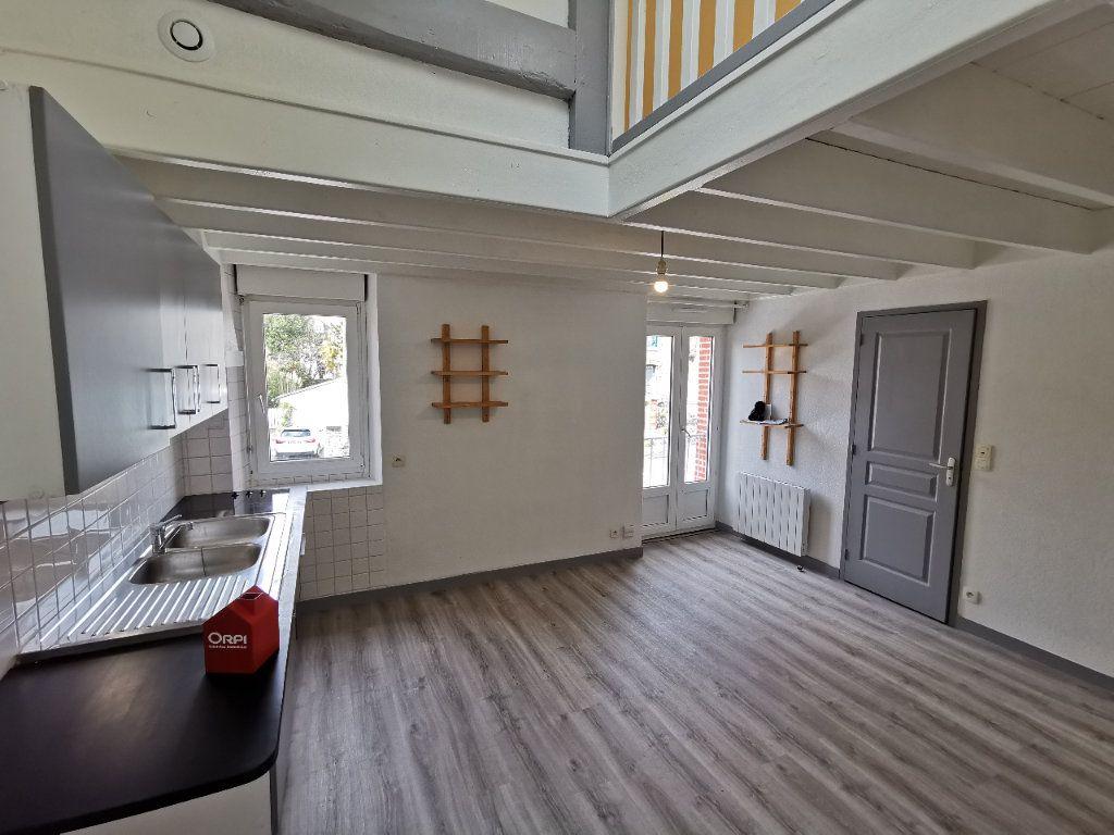 Maison à louer 3 43.8m2 à Vannes vignette-4