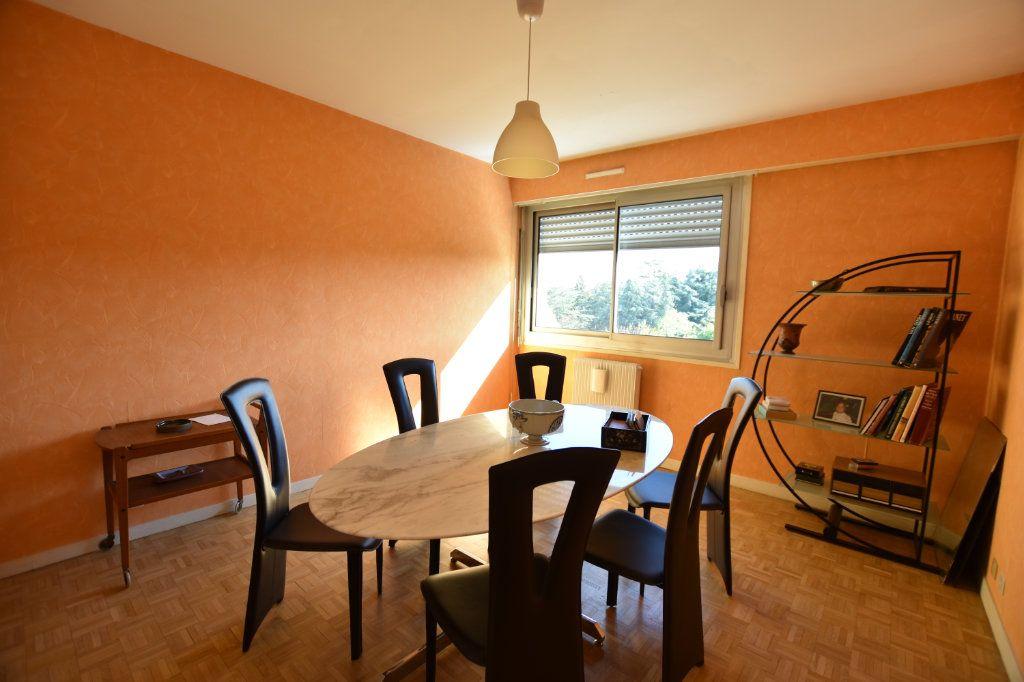 Appartement à vendre 5 122.85m2 à Lyon 5 vignette-6
