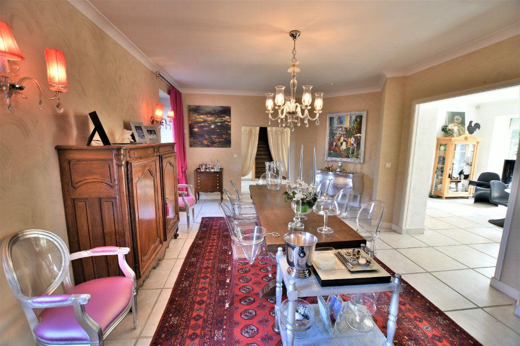 Maison à vendre 10 375m2 à Chaponost vignette-11