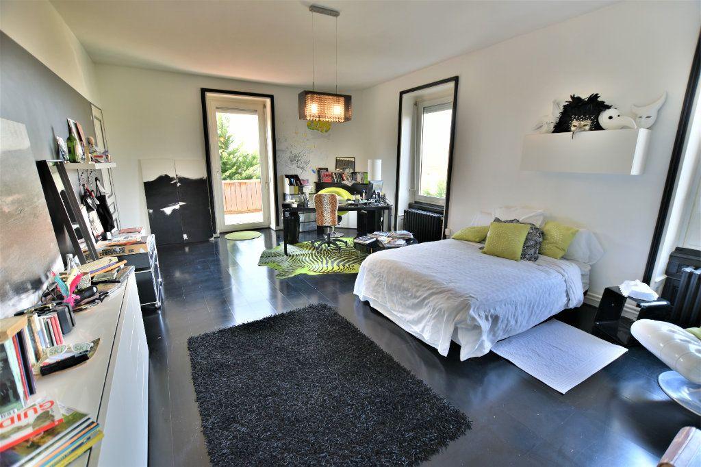Maison à vendre 10 375m2 à Chaponost vignette-12