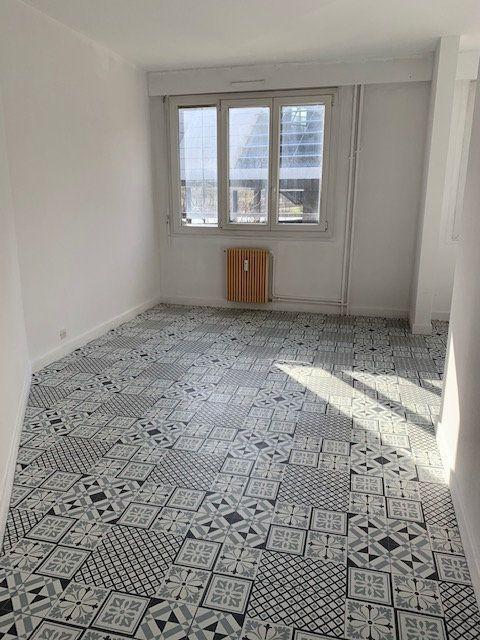 Appartement à vendre 2 41.72m2 à Reims vignette-7