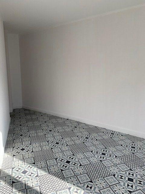 Appartement à vendre 2 41.72m2 à Reims vignette-8