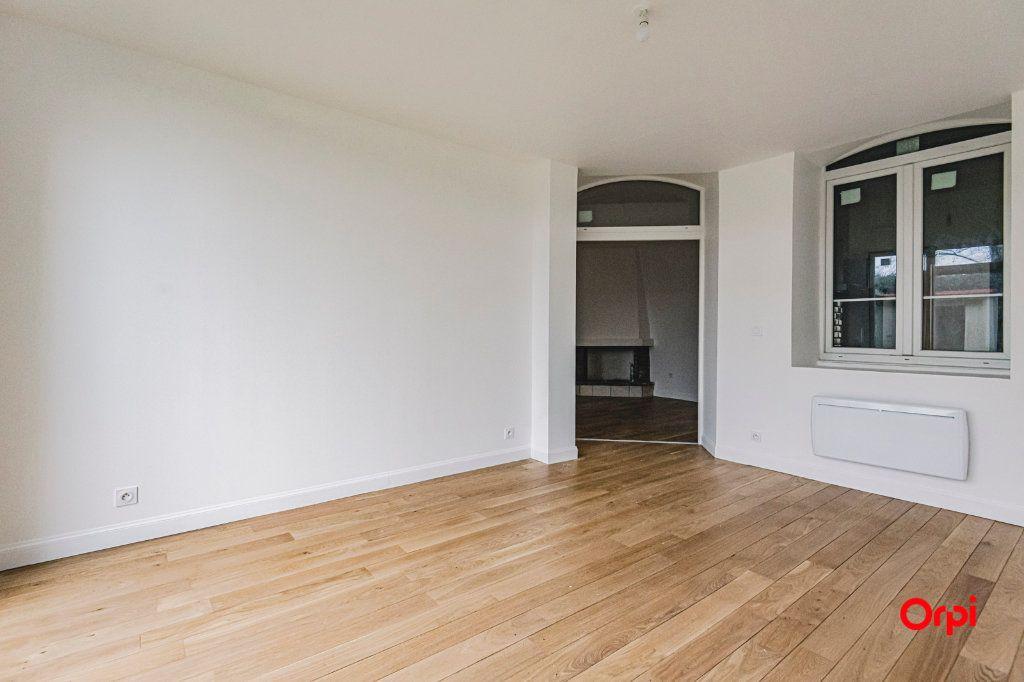 Appartement à vendre 4 82.5m2 à Reims vignette-1