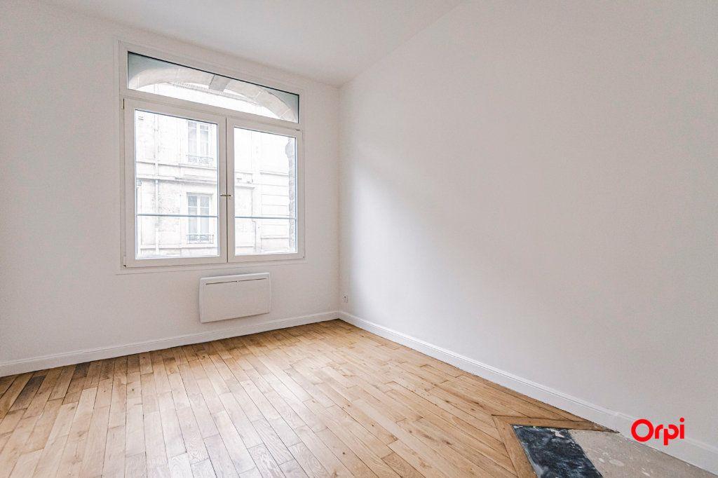 Appartement à vendre 4 82.5m2 à Reims vignette-9