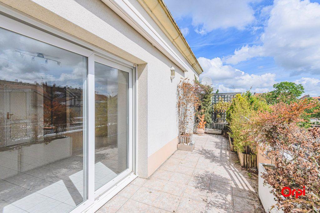 Appartement à vendre 5 98m2 à Reims vignette-3