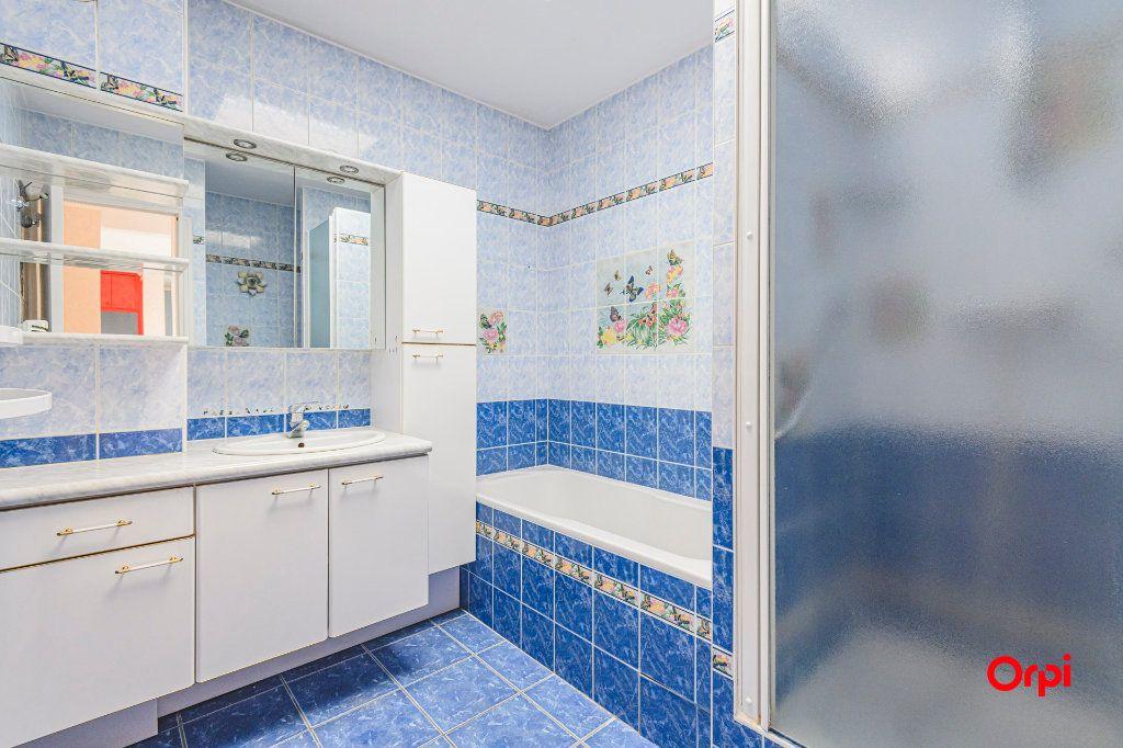 Appartement à vendre 5 98m2 à Reims vignette-10