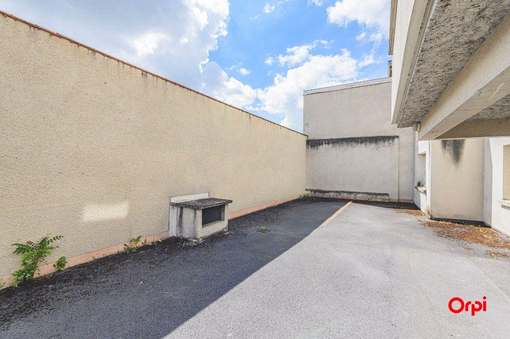 Appartement à vendre 5 98m2 à Reims vignette-12