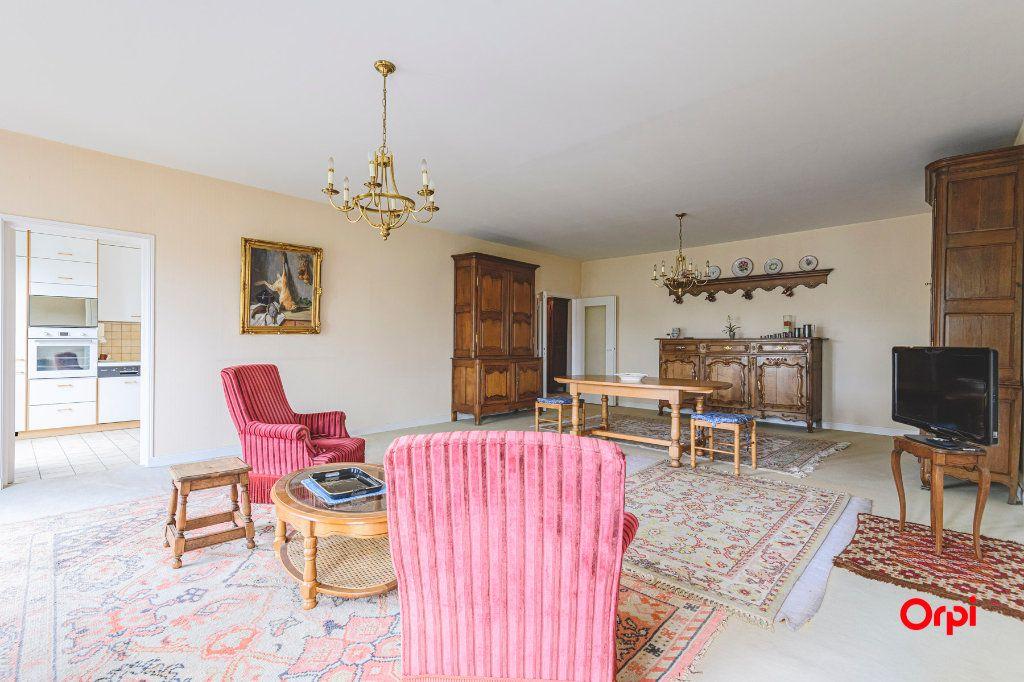 Appartement à vendre 5 152.37m2 à Reims vignette-4