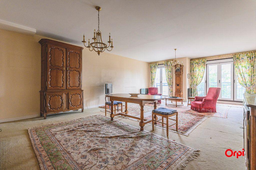Appartement à vendre 5 152.37m2 à Reims vignette-5
