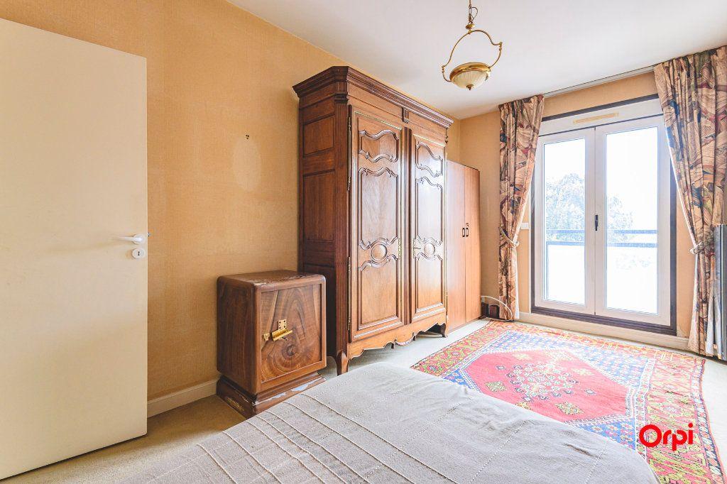 Appartement à vendre 5 152.37m2 à Reims vignette-10