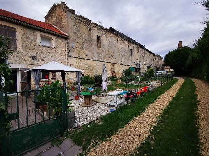 Maison à vendre 5 107.56m2 à Révillon vignette-1