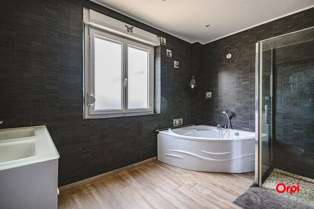 Maison à vendre 11 239m2 à Beaurieux vignette-6