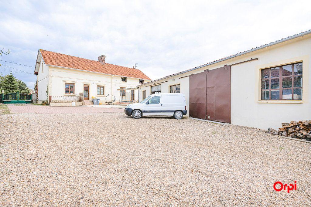 Maison à vendre 11 239m2 à Beaurieux vignette-14
