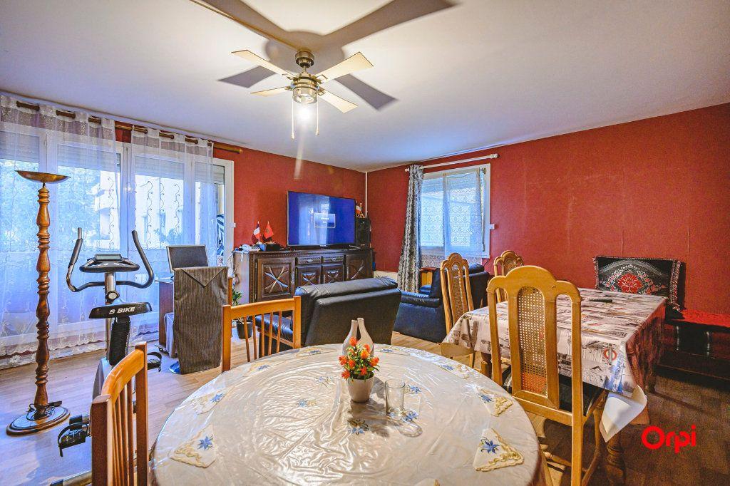 Appartement à vendre 6 113m2 à Reims vignette-4