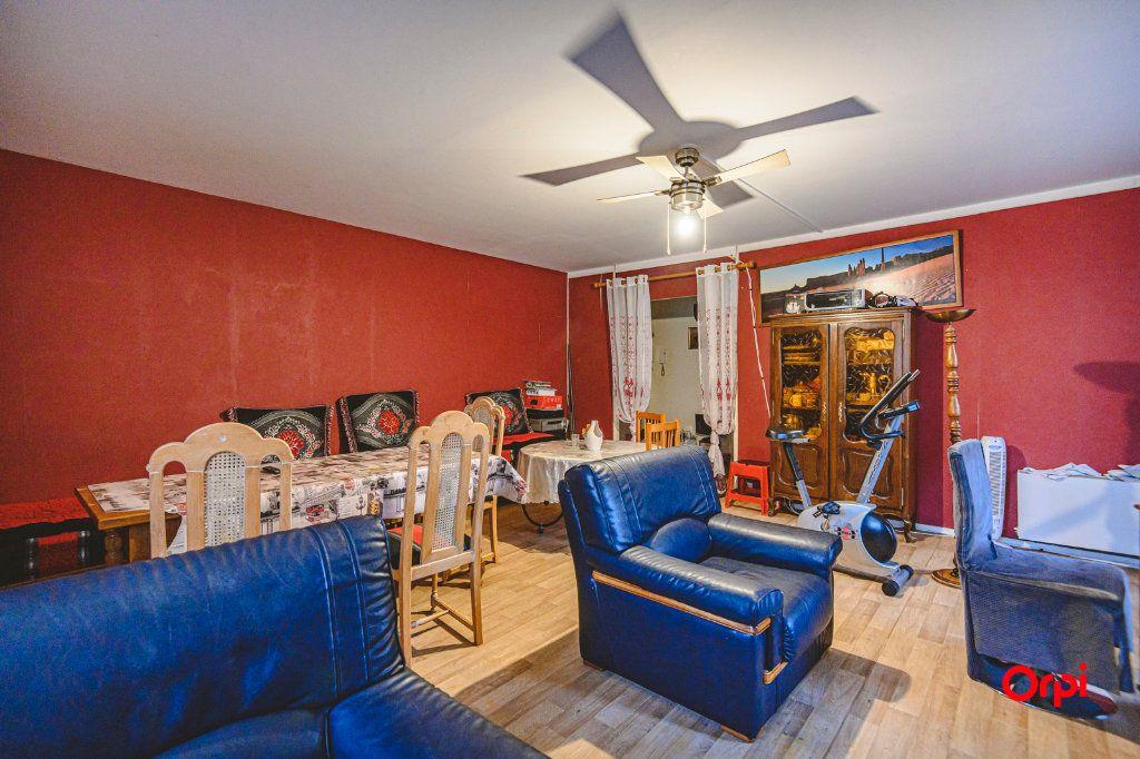 Appartement à vendre 6 113m2 à Reims vignette-6