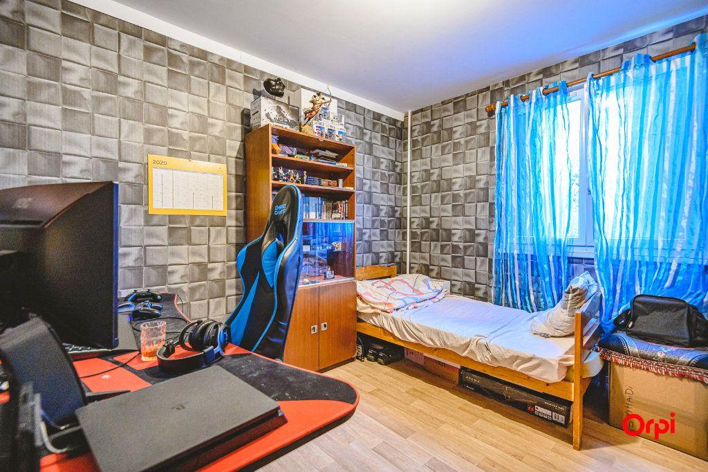 Appartement à vendre 6 113m2 à Reims vignette-9