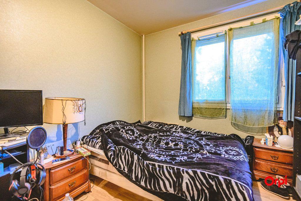 Appartement à vendre 6 113m2 à Reims vignette-10