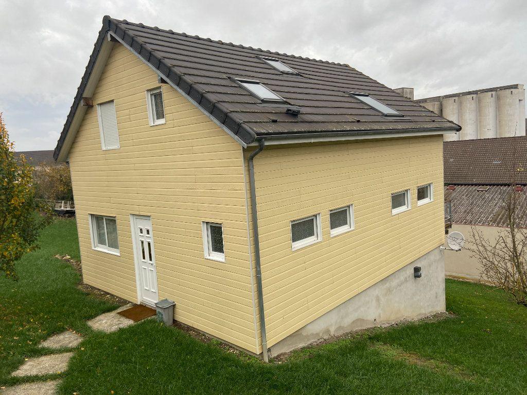 Maison à vendre 5 115m2 à Mareuil-le-Port vignette-1