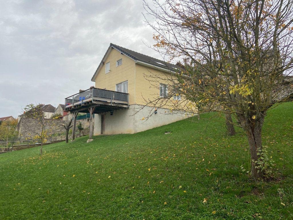 Maison à vendre 5 115m2 à Mareuil-le-Port vignette-13