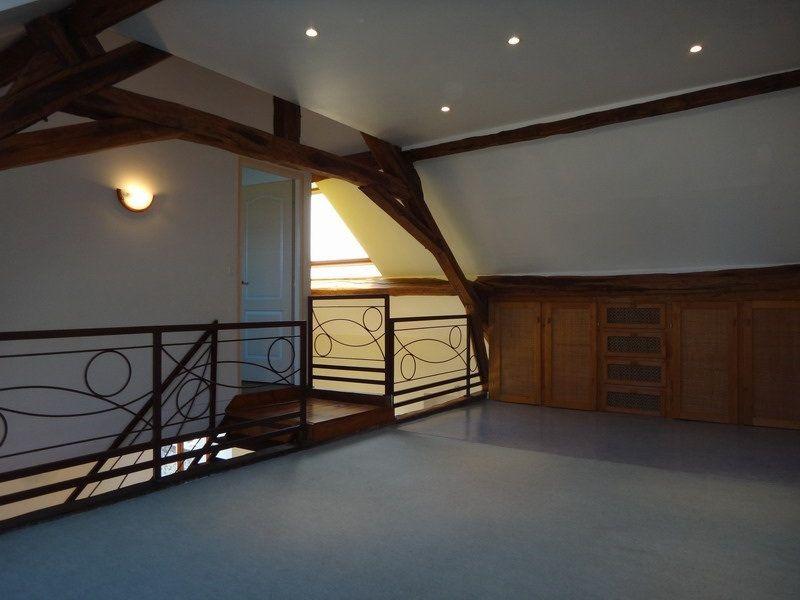 Maison à vendre 5 115m2 à Mareuil-le-Port vignette-18