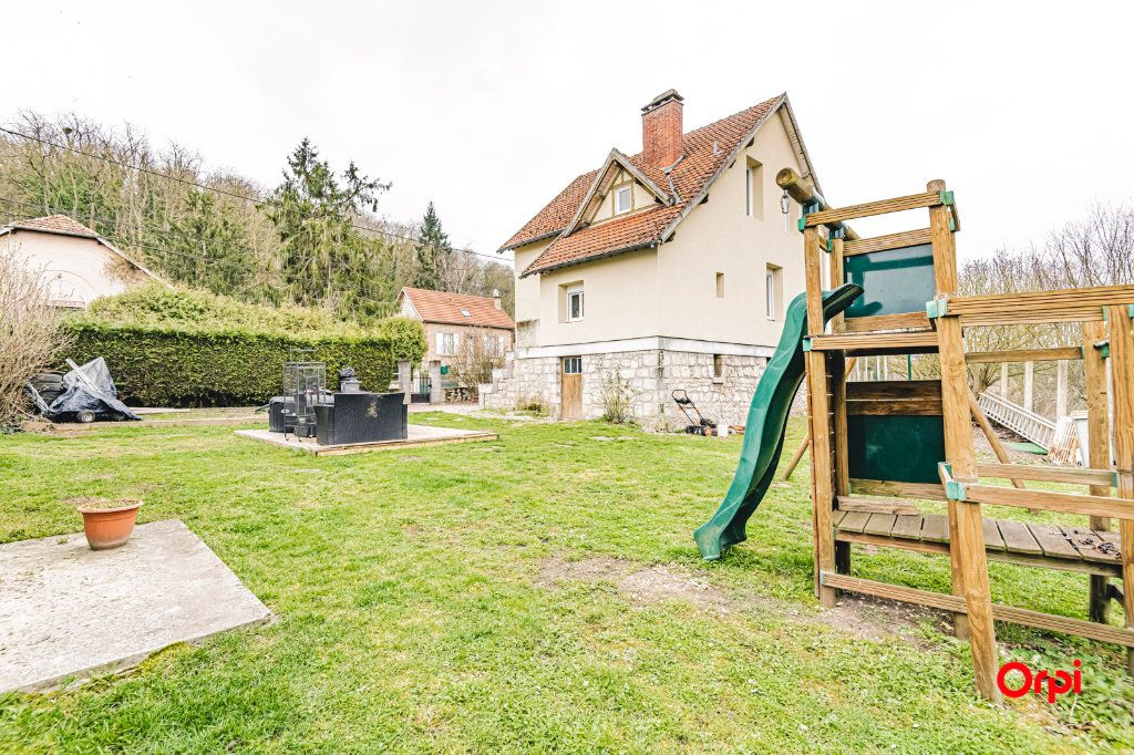 Maison à vendre 5 98.82m2 à Mont-Notre-Dame vignette-1