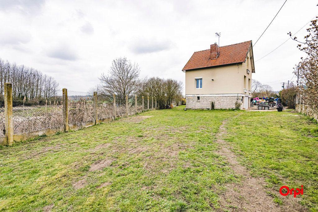 Maison à vendre 5 98.82m2 à Mont-Notre-Dame vignette-18