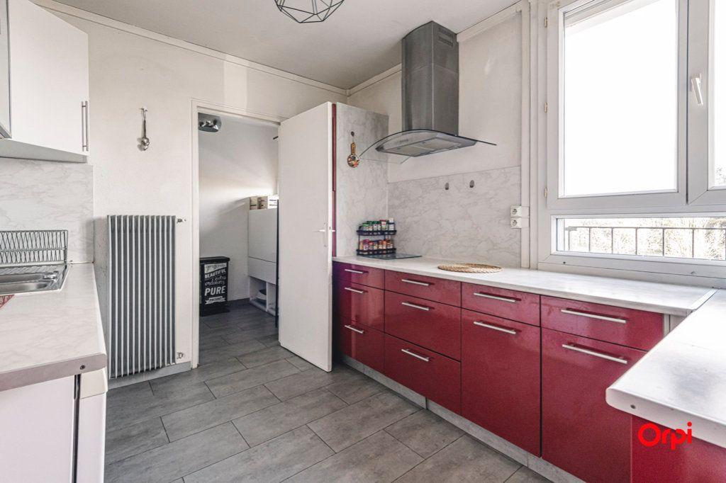 Appartement à vendre 5 93m2 à Reims vignette-4