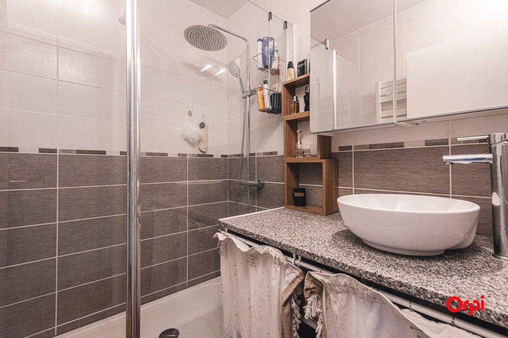 Appartement à vendre 5 93m2 à Reims vignette-10