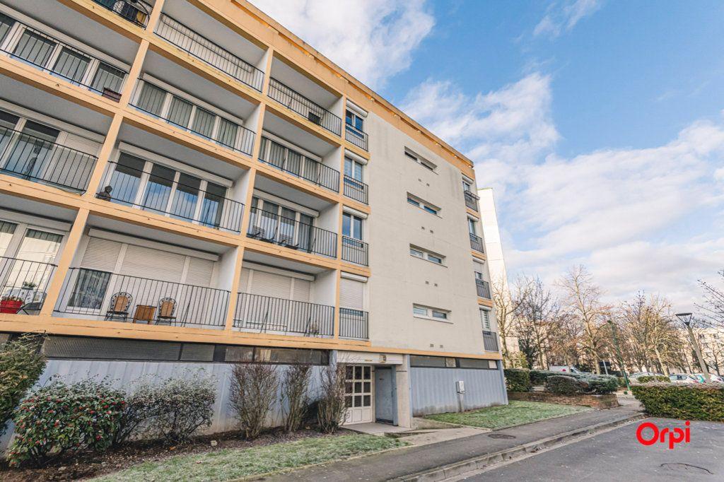 Appartement à vendre 5 93m2 à Reims vignette-13